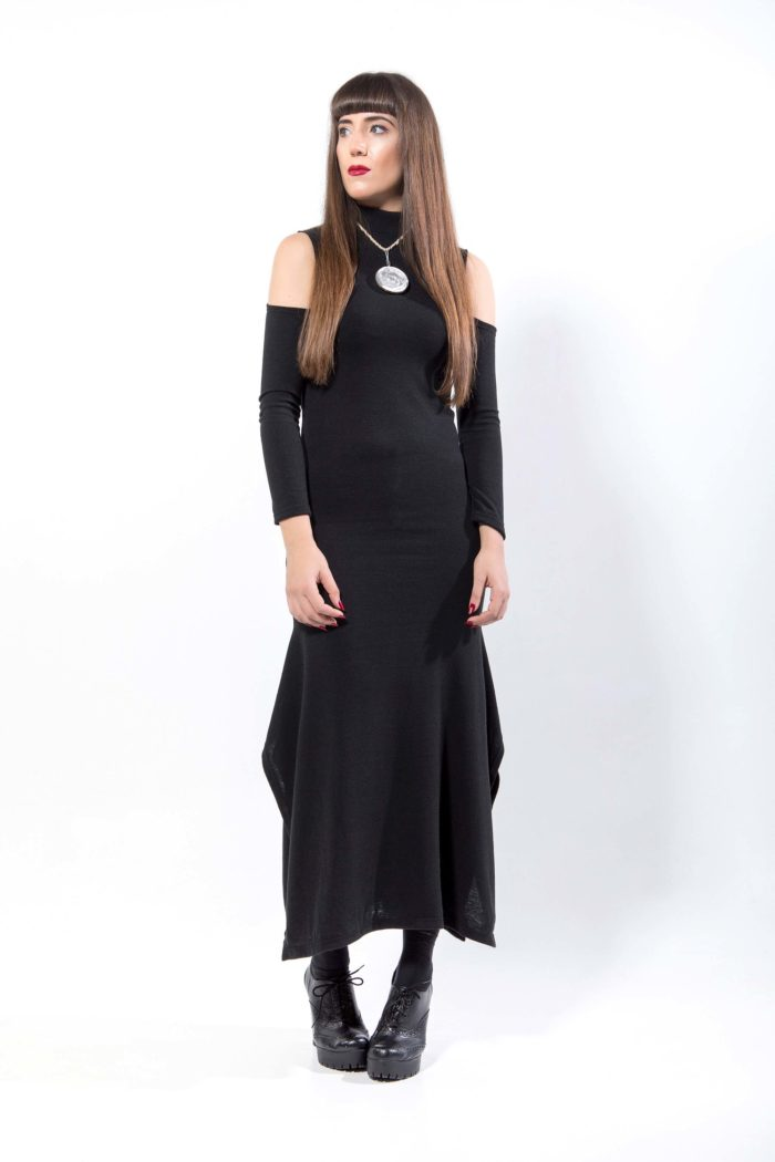 Πλεκτό φόρεμα , maxi, ζιβάγκο, ανοιχτούς ώμους και πλάτη